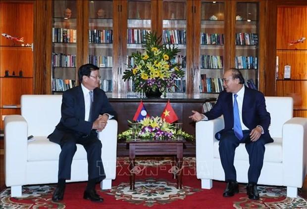 越南政府总理阮春福与老挝总理通伦·西苏里举行会谈 hinh anh 2