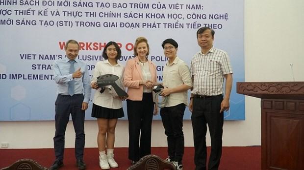 越南防疫帽子获得国际创新创业大赛科技设计奖 hinh anh 2