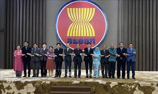东盟与中韩日就加强文化艺术交流合作达成共识 hinh anh 1