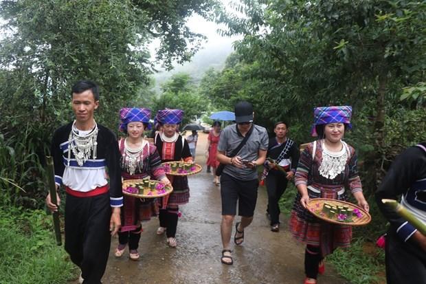 莱州省将文化保护工作与旅游发展相结合 hinh anh 2
