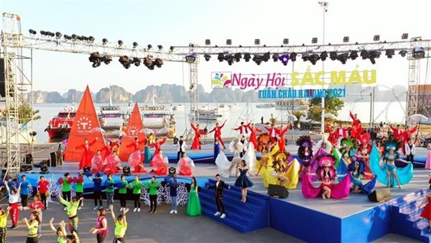 广宁省首次举行冬季狂欢节 hinh anh 1