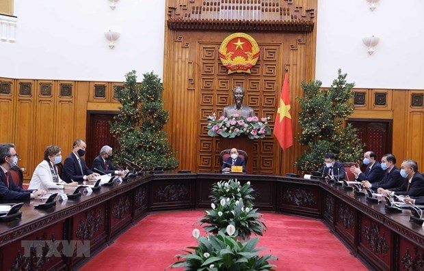 越南政府总理阮春福会见联合国驻越大使和代表 hinh anh 1