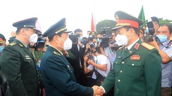 越中第六次边境国防友好交流活动:建设和维护和平、稳定和合作与发展的共同边界线 hinh anh 1